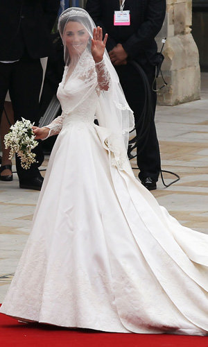 Kate Middleton wears Alexander McQueen on her wedding day!