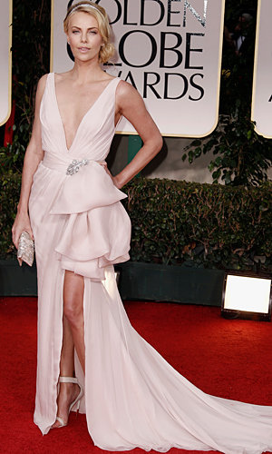 Nude dominates the Golden Globes red carpet!