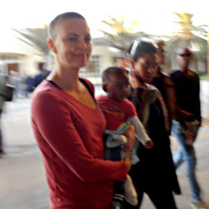 Charlize Theron reveals her new hairstyle - a shaved head!