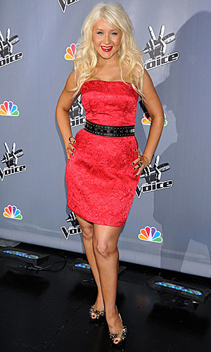 Christina Aguilera wows in a ruby red dress