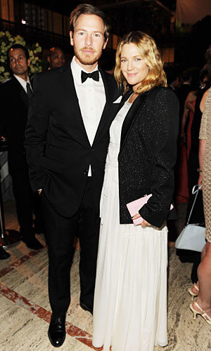 Drew Barrymore gives birth to a baby girl!