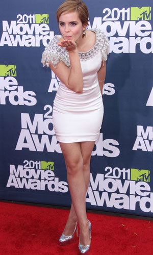 Harry Potter star Emma Watson speaks out about Twilight kiss at MTV Movie Awards...