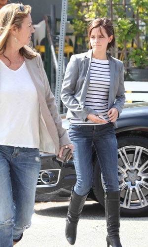 Emma Watson and mum show off their matching style!