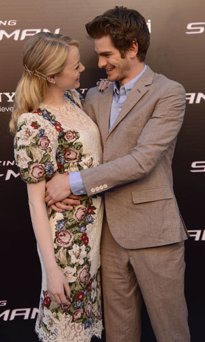CUTE PICS! Emma Stone and Andrew Garfield's red carpet PDA!