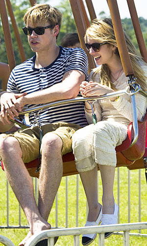 Emma Roberts and Chord Overstreet couple up at the Super Saturday fairground