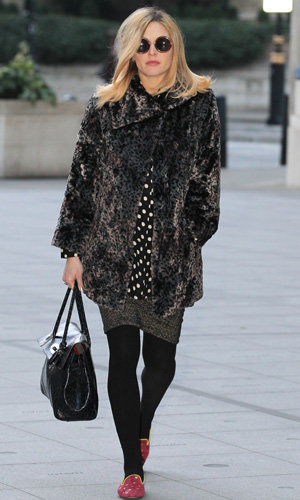 Pregnant Fearne Cotton 'loves' Sienna Miller's maternity style