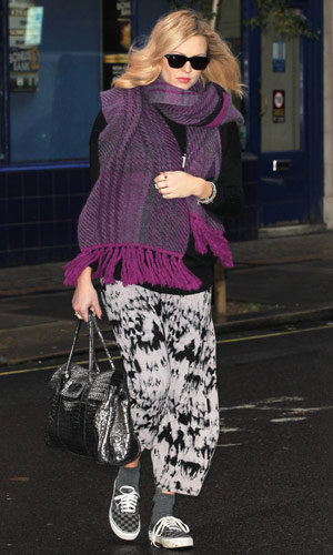 Fearne Cotton wraps up her baby bump in style