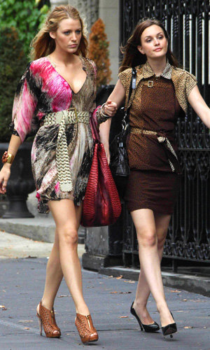 The Gossip Girls are back in NYC and there's another new girl in tow!