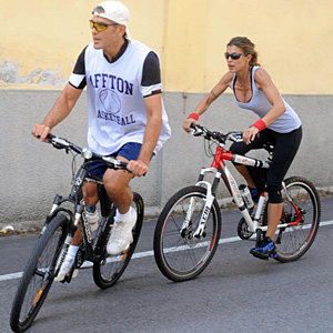 SEE PICS! George Clooney goes for a bike ride with Elisabetta Canalis!