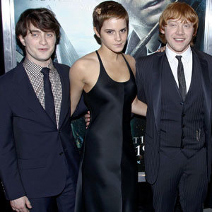 Harry Potter and the Deathly Hallows hits UK screens today!