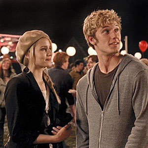 WATCH: Glee star Dianna Agron in I Am Number Four plus SEE new Glee pic