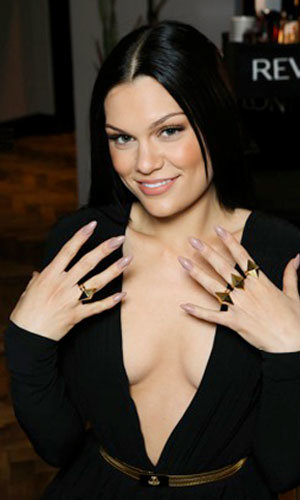 Jessie J works the nude nail trend at the BRIT Awards 2013