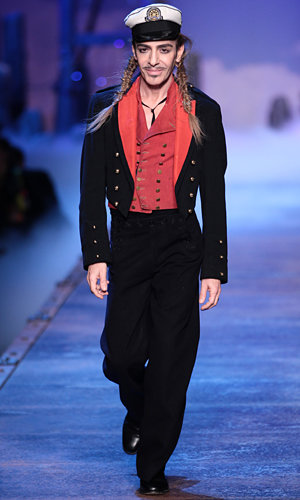 Oscar de la Renta welcomes John Galliano back to fashion