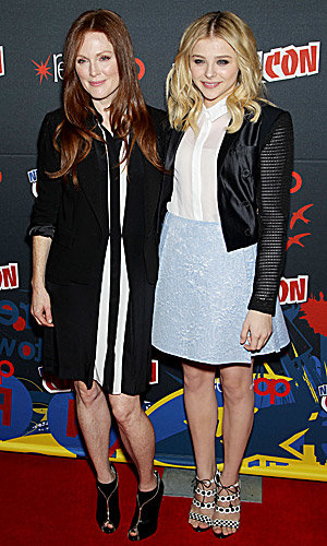Chloë Moretz and Julianne Moore hit Comic Com for Carrie remake!