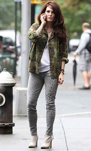 SPOTTED: Julianne Moore on the set of What Maisie Knew