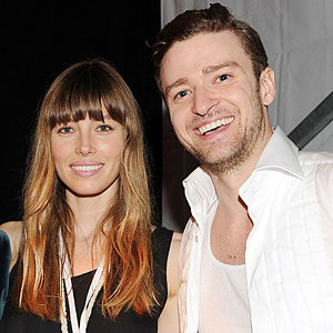 Jessica Biel supports Justin Timberlake at live singing comeback