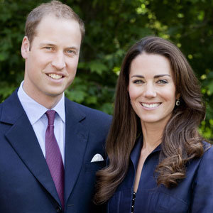 Kate Middleton and Prince William in first official tour pic - but have we seen that outfit before?