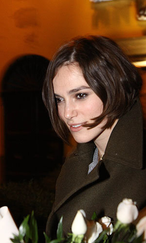When in Rome, Keira Knightley hits the Italian capital in style!