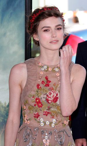 Keira Knightley shows off engagement ring at the Seeking A Friend For The End Of The World premiere