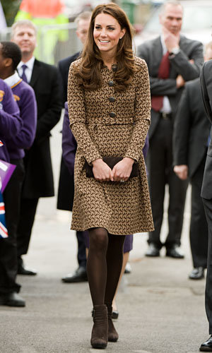 Kate Middleton works Orla Kiely prints in Oxford