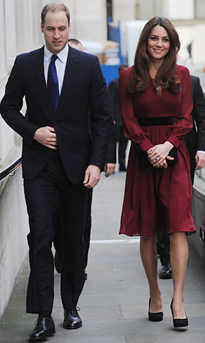 Pregnant Kate Middleton looks radiant in Whistles dress on visit to National Portrait Gallery
