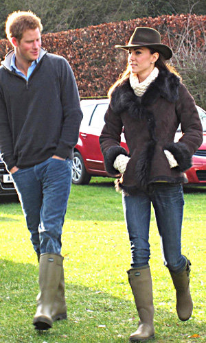 Kate Middleton cosies up in Temperley jumper
