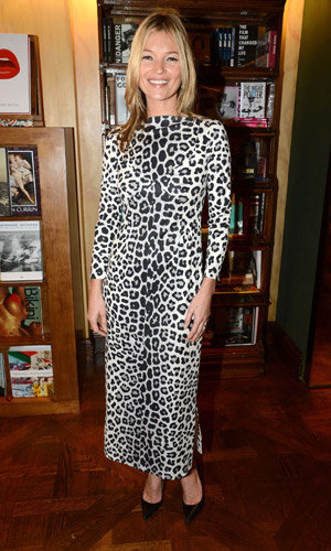 Kate Moss celebrates her new book with two stylish outfits!