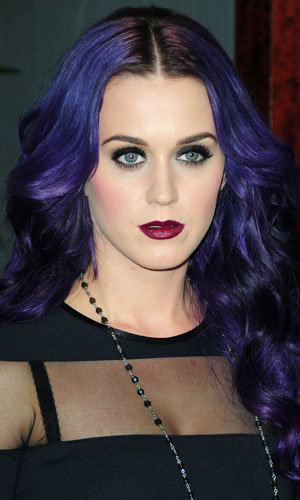 Katy Perry works a gothic look!
