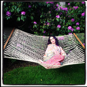 SEE PICS: Katy Perry's relaxed weekend!