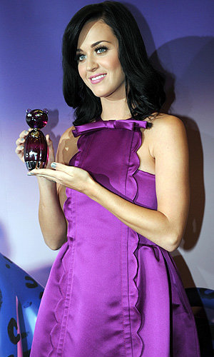 Katy Perry's Purr-fect perfume launch!