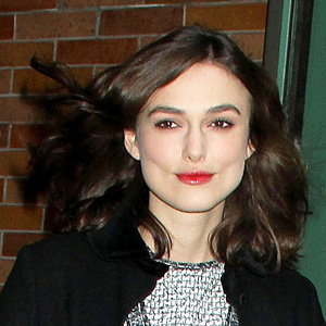 Keira Knightley works chic short hairstyle
