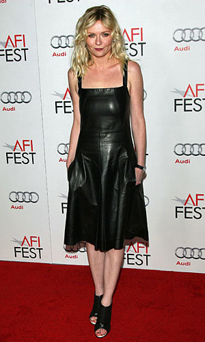 Kirsten Dunst and Evan Rachel Wood work Young Hollywood style
