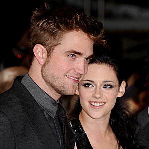 SPOTTED: R-Patz and Kristen Stewart's hot London date!