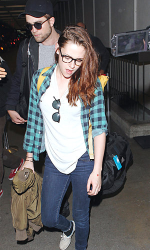 Kristen Stewart and Robert Pattinson jet out of New York together