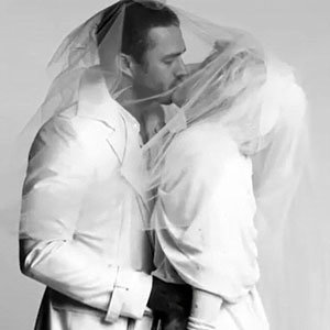 Lady Gaga gets married in new video