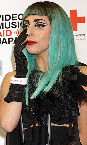 Lady Gaga's pokerface sheds a tear for Japan at MTV's Music Aid event