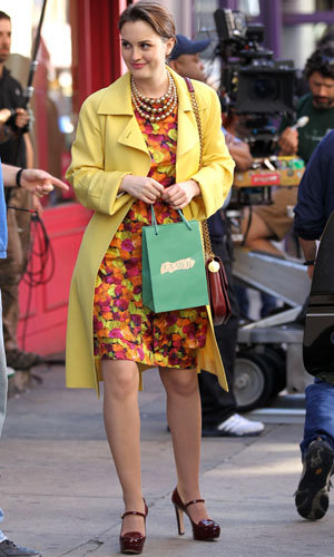 Leighton Meester blooms in super spring shades on set of Gossip Girl!