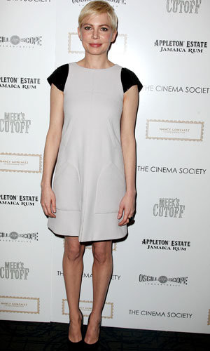 Michelle Williams works Chanel dress at Meek's Cutoff screening