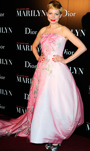 Michelle Williams wows in Christian Dior Couture