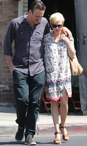 Michelle Williams and Jason Segal enjoy cute couple's day out