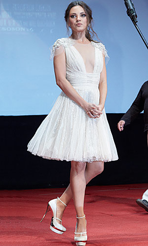 Mila Kunis sparkles at Moscow premiere of Friends with Benefits