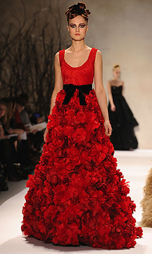 FASHION LATEST: Red carpet gowns parade at New York Fashion Week