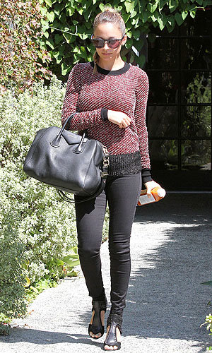 Nicole Richie works an autumnal look in LA