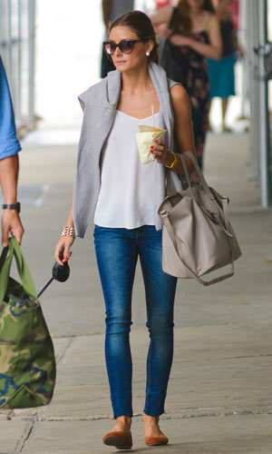 SPOTTED: Olivia Palermo works cool casual style