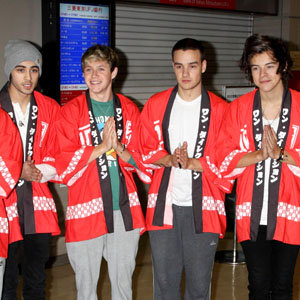 One Direction arrive in Japan to film their first movie