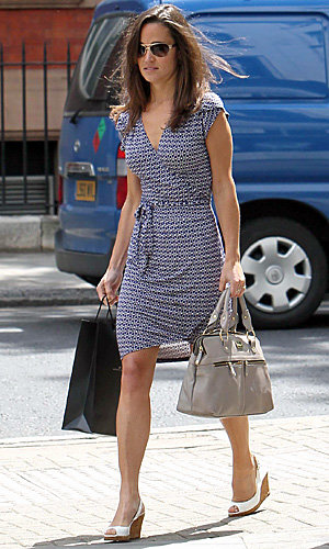 Pippa Middleton soaks up the sun in Chelsea