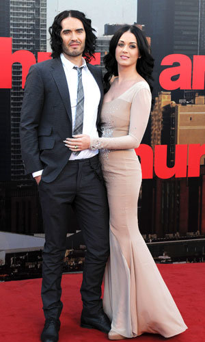 WOW! Katy Perry and Russell Brand are picture perfect at the Arthur premiere