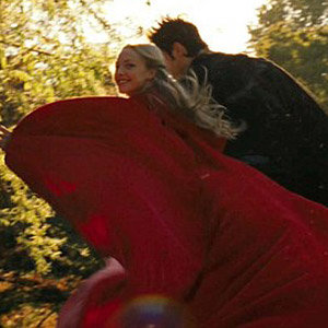 FIRST LOOK: Amanda Seyfried in Little Red Riding Hood!