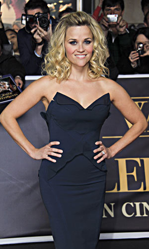 WOW! Reese Witherspoon is a bombshell Down Under