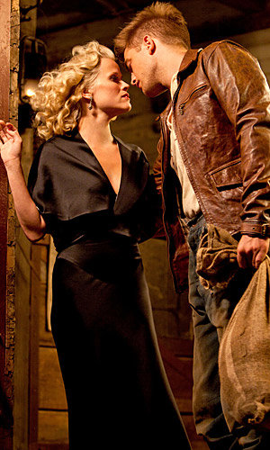 NEW CLIP: Robert Pattinson and Reese Witherspoon in Water For Elephants!